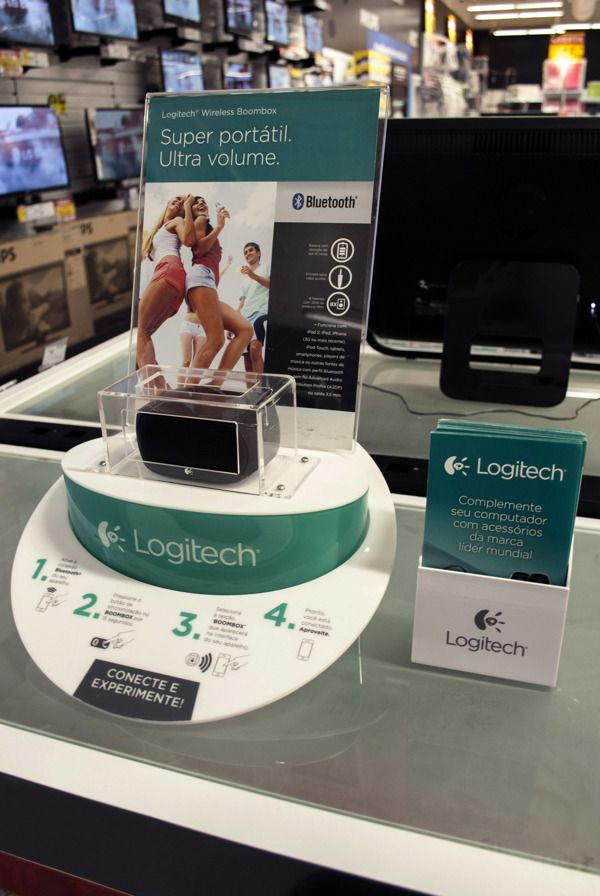 LOGITECH WIRELESS SPEAKER DISPLAY by EXHIMIA Instore Solutions, via Behance