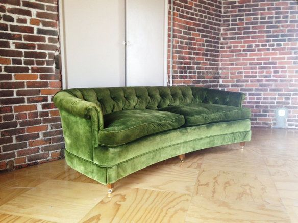 Vintage Hollywood Regency Green Velvet Tufted Sofa in Tropico, Glendale, CA, USA ~ Krrb