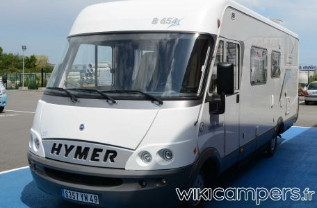 Location-camping-car-Integral-HYMER-B654