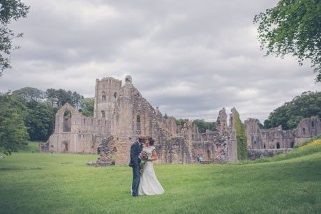 North Yorkshire | Fountains Abbey | Image by Victoria Edwards http://bellebridalmagazine.com/a-wedding-at-fountains-abbey-with-a-papakata-party-down-on-the-farm/