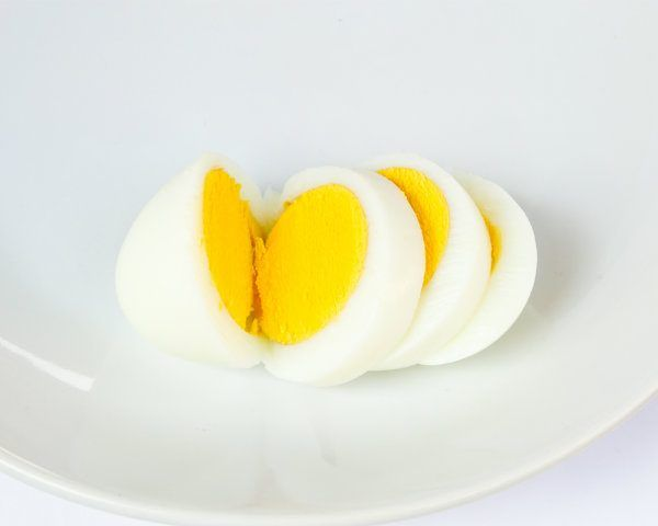 Don't have time to hard-boil your egg on the stove? This Easter, nuke your eggs to hard-boiled perfection! Click here for more eggs-cellent boiled egg ideas for Easter!