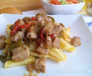 merluza al horno con patatas y pimientos. receta fácil. fotografías paso a paso. incluye vídeo al receta. perfecta para cualquier ocasión.