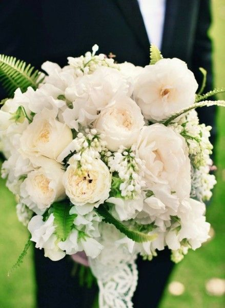 White wedding flowers - Wedding Diary