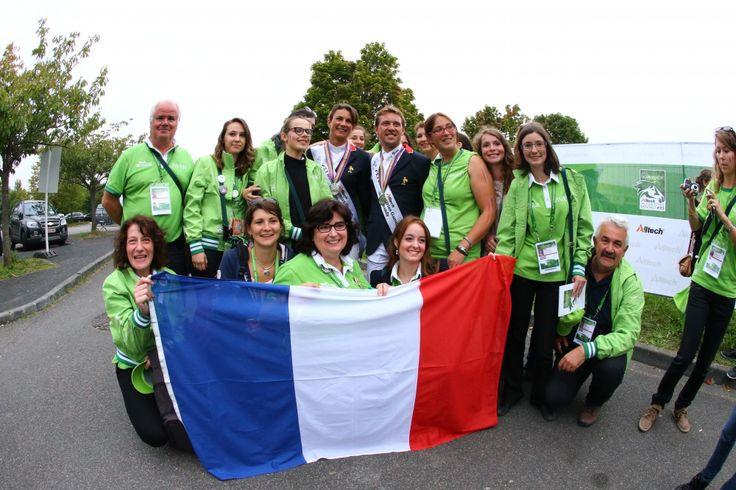 Simon DELESTRE et les bénévoles des Jeux - ©Frédéric Goualard