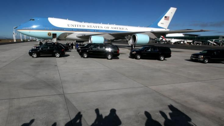 Boeing 747-8 picked to replace Air Force One - sources The U.S. Air Force will reportedly announce a decision to go with Boeing's commercial 747-8 airliner as a replacement for Air Force One's current fleet of presidential aircraft. Vanessa Johnston reports.