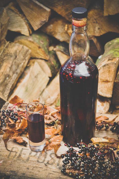 How to make elderberry, sloe and cardamom liqueur