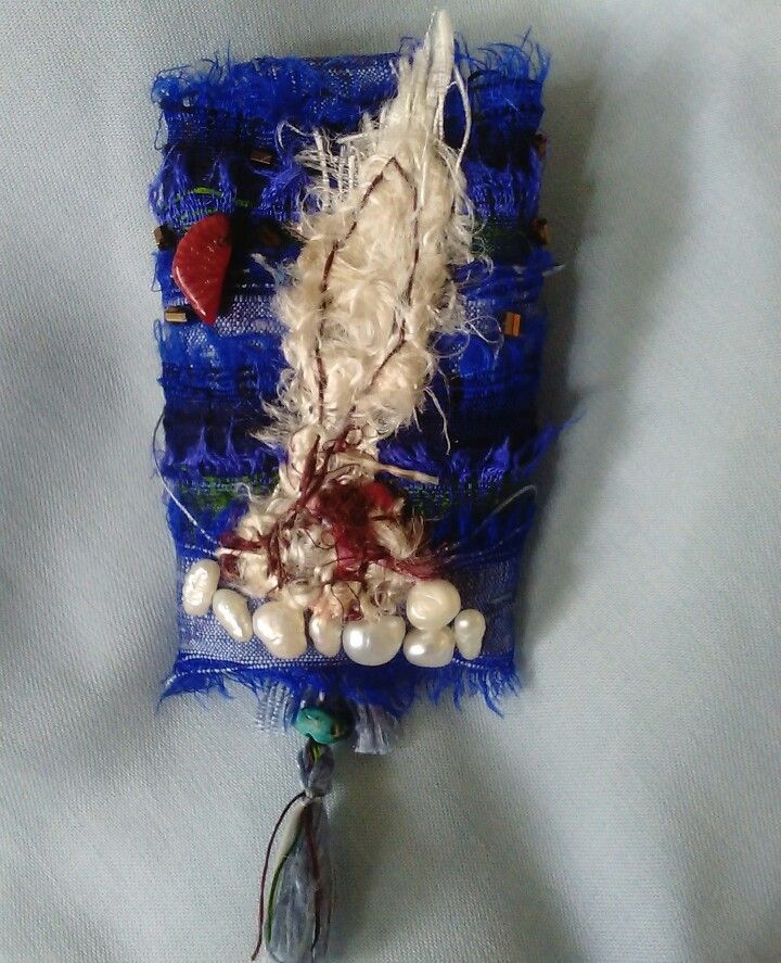 #fabric #brooch #silk #pearls #diy