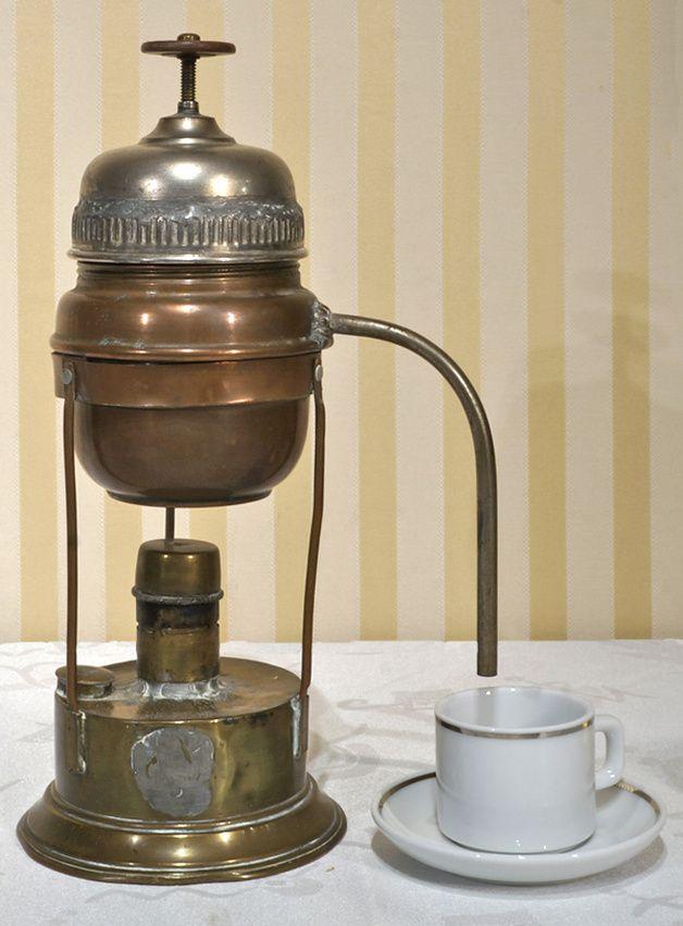 http://de.dawanda.com/product/78014127-Alte-Kaffemaschine-um-1900-von-Silvio-Santini