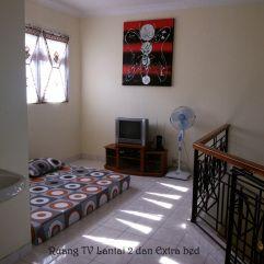 Ruang TV Lantai-2 dan extra bed