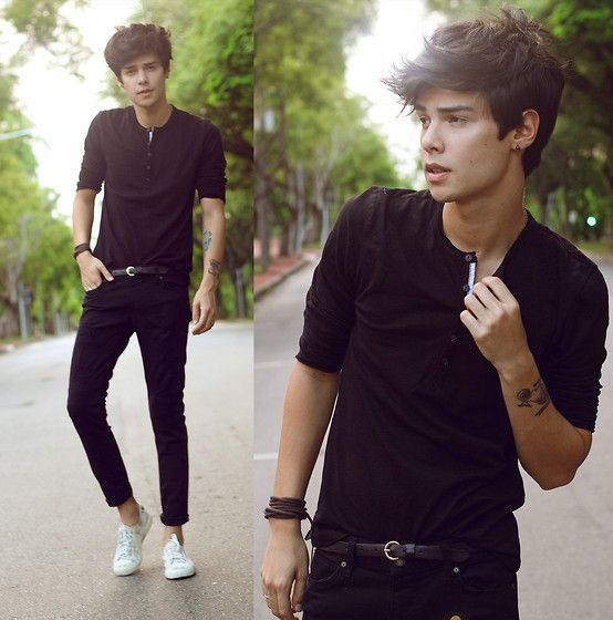 Mavi T Shirt, Mavi Pants - Tell me what you know about dreams - Vini Uehara