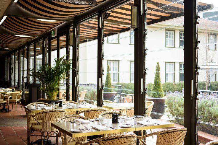 Chifley's Bar & Grill outdoor verandah dining
