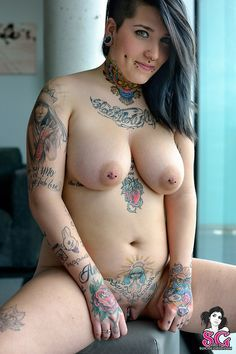 Thick suicide girls naked foto 524