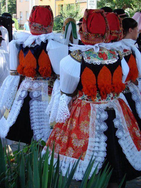 Ostrožský kroj - Blatnička - jižní morava - Costumes from South Moravia, Czech republic