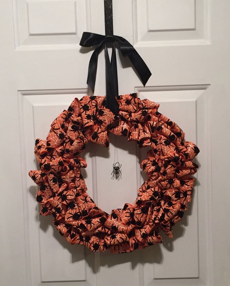 nike free running discount Handmade Orange and Black Halloween Wreath