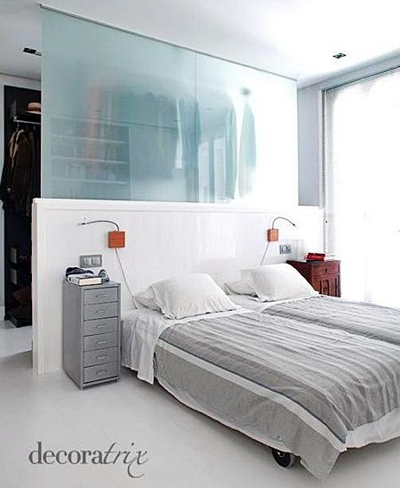 quarto-claro Ótima ideia para otimizar espaços. Estou pensando em fazer algo parecido no meu quarto.