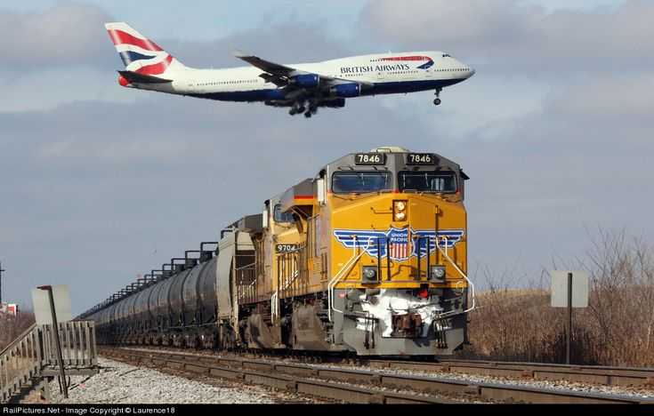 RailPictures.Net Photo: UP 7846 Union Pacific GE ES44AC at Bensenville, Illinois by Laurence18