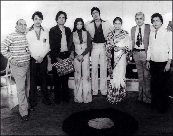 With Yash Cjopra,Randhir Rishi and Shashi Kapoor, Sanjeev Kumar and Poonam
