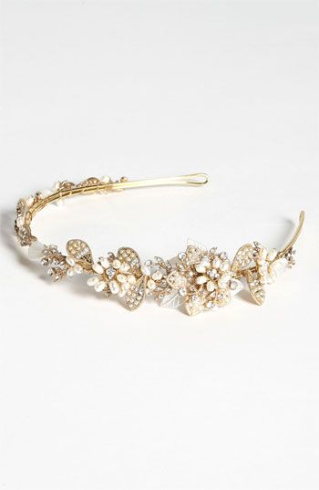"""""""vintage"""" headband, would be so pretty for the rehearsal dinner or reception."""