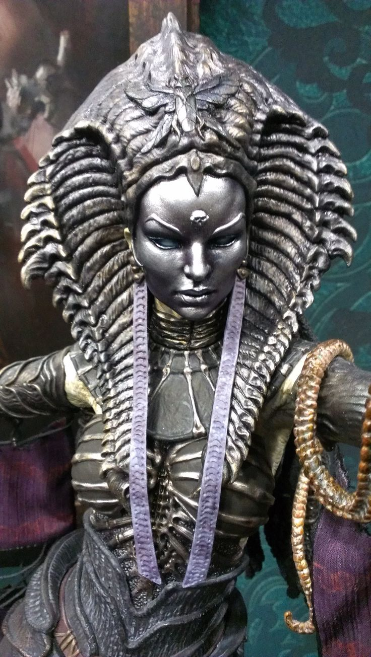 Cleopsis close-up. Court of the Dead. | San Diego Comic ...