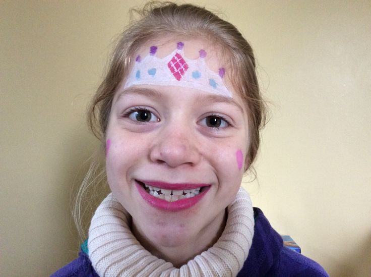 Maquillage princesse 👑 sur ma sœur