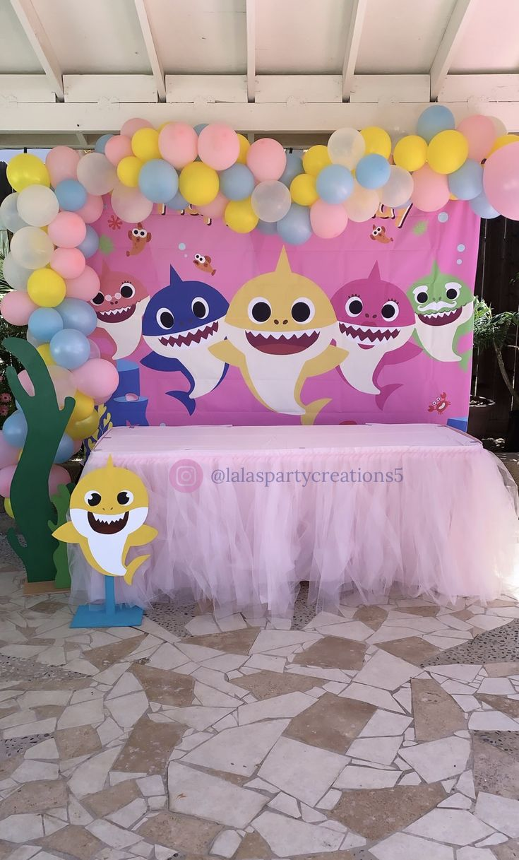 Baby Shark party for girls. 1st birthday party. Balloon