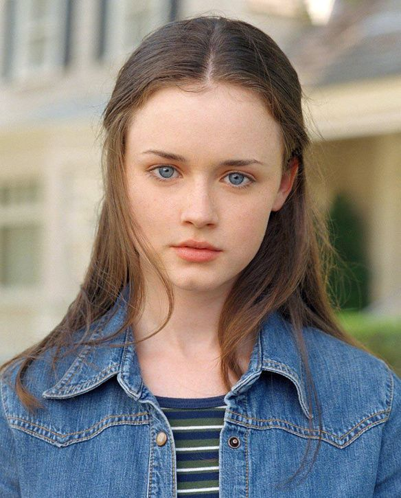 Gilmore Girls TV Series starring Alexis Bledel as Rory Gilmore - dvdbash