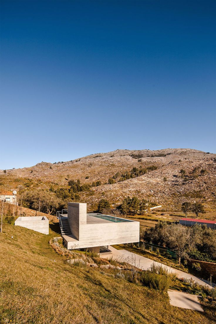 Modern Mansion With Rooftop Pool Adorn in Portugal by Carvalho Araújo