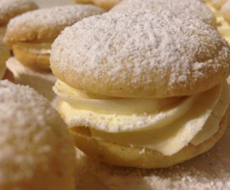 Recipe Zesty Lemon Melting moments by emily'smix - Recipe of category Baking - sweet