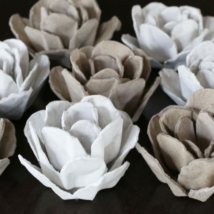 Upcycle // Papier Mache Roses from an Egg Carton via bliss bloom blog