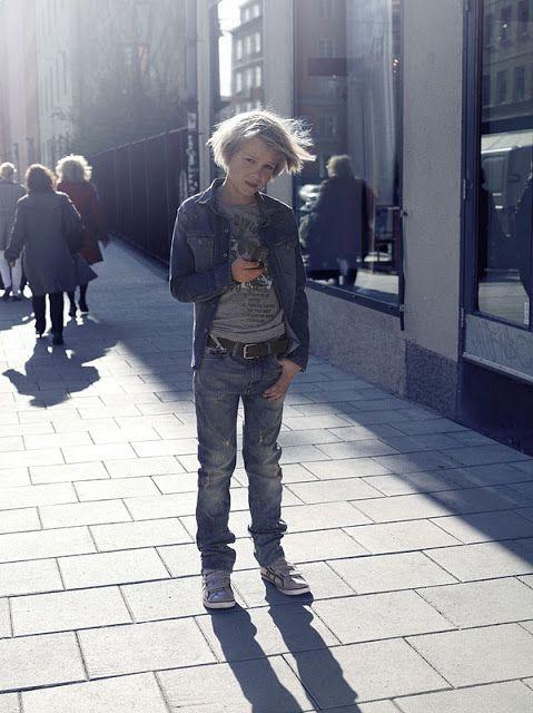 Vestido de Rodar: Diesel Kid Street Fashion Photo Blog