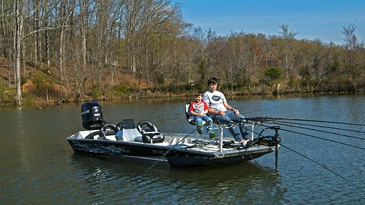 92 best crappie stringers images on pinterest crappie for Crappie fishing game