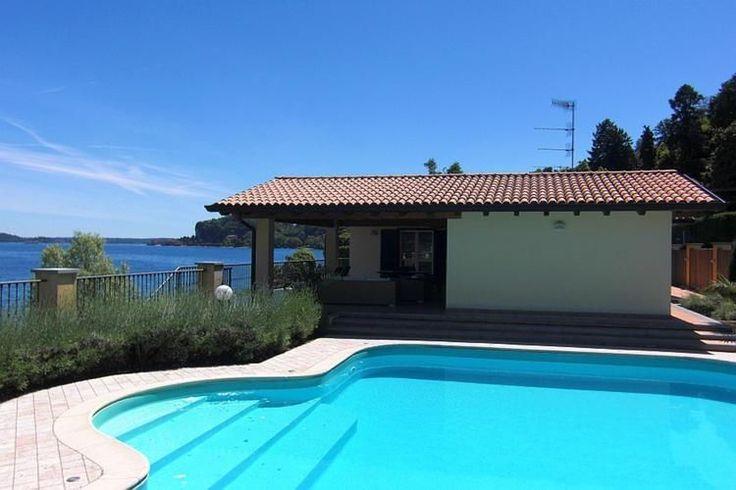 Villa met zwembad aan het Lago Magiorre