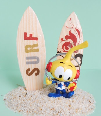 Kid Craft: Mini Surfboards made from styrofoam and transfers