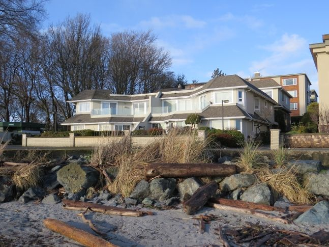 2328 Esplanade on Willows Beach - a fabulous place to live right on the beach