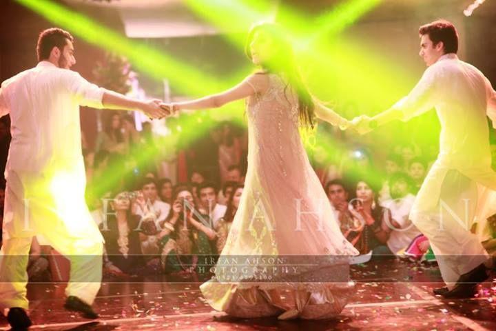 #mehendi #dance #theme #boys #white