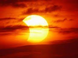 Znalezione obrazy dla zapytania zaćmienie słońca 2015