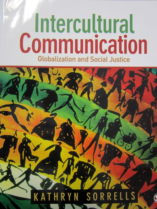 intercultural vs cross cultural communication Neuliep and mccroskey (1997) defined intercultural communication apprehension as the fear or anxiety associated with either real or anticipated communication with people from different groups, especially cultural and/or ethnic groups (p 148.