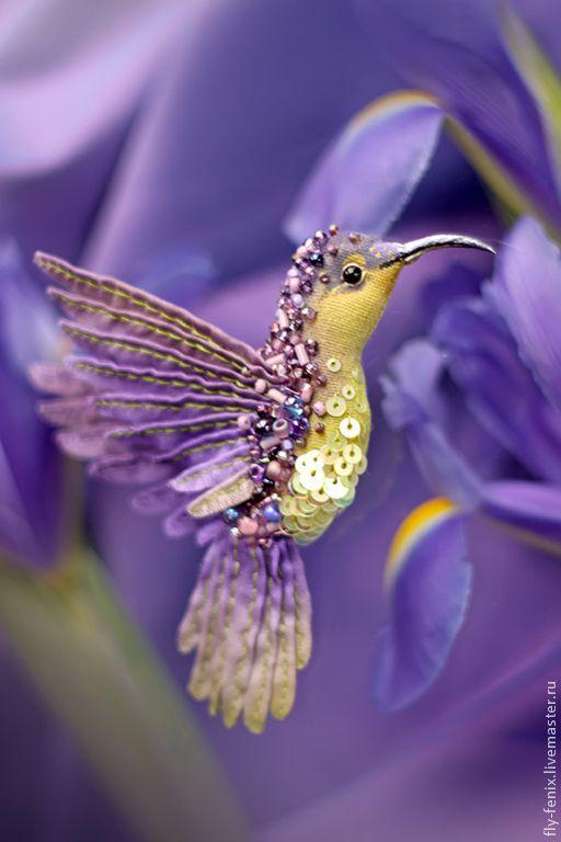 Купить миниатюрная брошь - лавандовая птица - колибри, птица, птичка, пташка, миниатюра, маленькая брошь