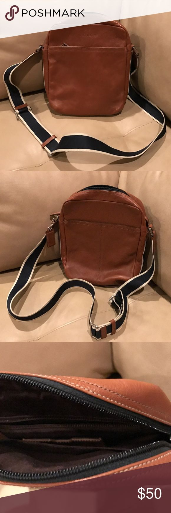 Coach Heritage Flight Messenger Bag Very nice Coach Messenger Bag from the heritage collection. Still in very good condition. Coach Bags Messenger Bags