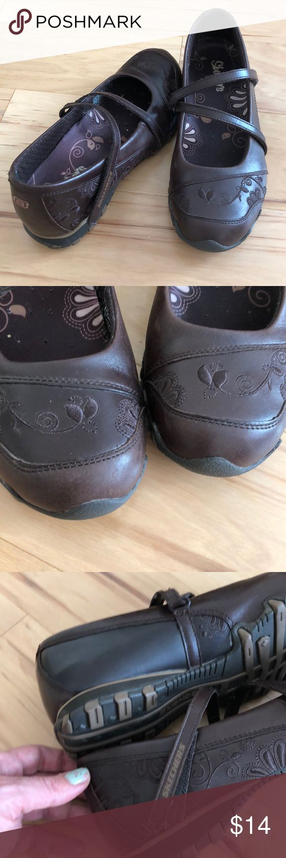 SKECHERS SLIP ON SHOES Very cute pair if Skechers. In great condition. True to size. There is an arrow symbol on the left side of the left foot as shown in the picture, but it does not show because it's in the left side. Other than that, no flaws. Skechers Shoes Flats & Loafers