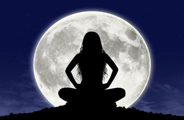 Растущая Луна вдекабре 2016года: что можно ичто нельзя делать   http://joinfo.ua/goroskop/1188771_Rastuschaya-Luna-vdekabre-2016goda-ichto-nelzya.html  На деятельность и обыденную жизнь энергетика, которую излучает Луна, имеет колоссальное влияние. Предостеречь от негативных поступков в этот период помогут астрологические прогнозы.   Растущая Луна вдекабре 2016года: что можно ичто нельзя делать  , узнайте подробнее...