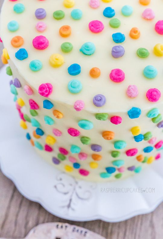 Polka Dot Icing Cake with Strawberry & Rhubarb