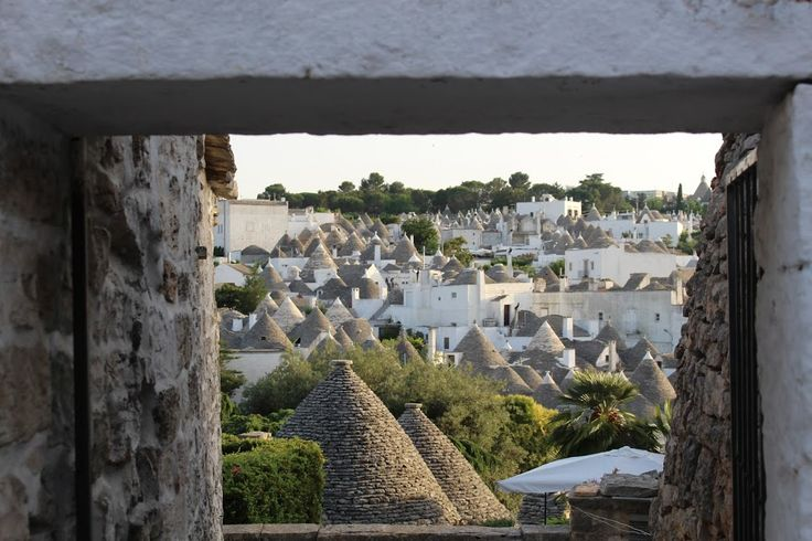 The best place to base yourself in PUGLIA is a TRULLO.. info@appartamentivacanzeitalia.com