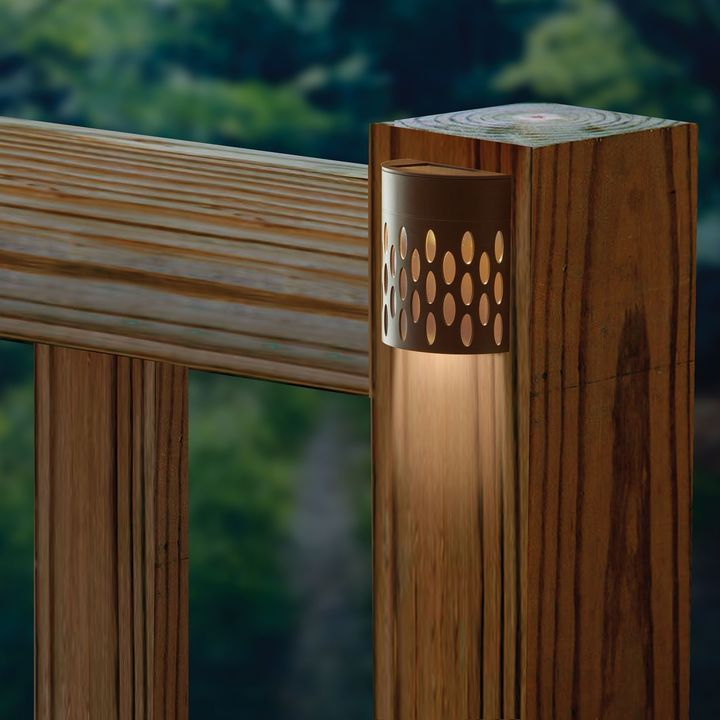 Saguaro Solar-Powered Deck Light