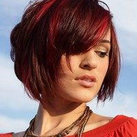 shaggy bob hairstyle for red hair