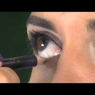 Küçük Göz Yapısına Sahipler Buraya! Gözlerimi Nasıl Daha Büyük Gösteririm Diyorsanız Bu Makyajı Uygulayabilirsiniz