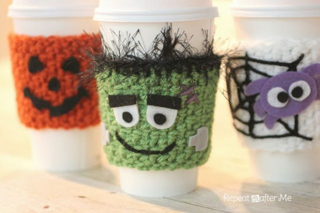 Learn how to crochet these adorable coffee cozies with yarn and felt from Repeat Crafter Me!