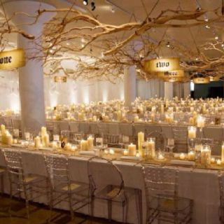 A Wonderfully Gold And Cream Wedding Setting Lots Of Ideas To Pinch Like The Candles Rose Petals Winter Bran
