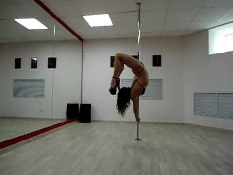 Танец на пилоне Студия танца And г. Тюмень Лейла - Pole Dance, via YouTube.