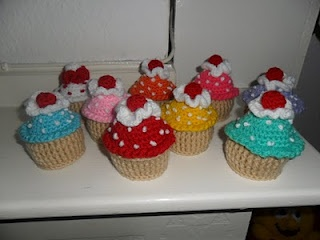 my mum made these lovely cupcakes crochet